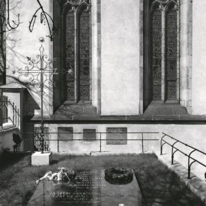 Pietní hrob kněží, řeholníků a řeholnic na Vyšehradském hřbitově, Praha 2