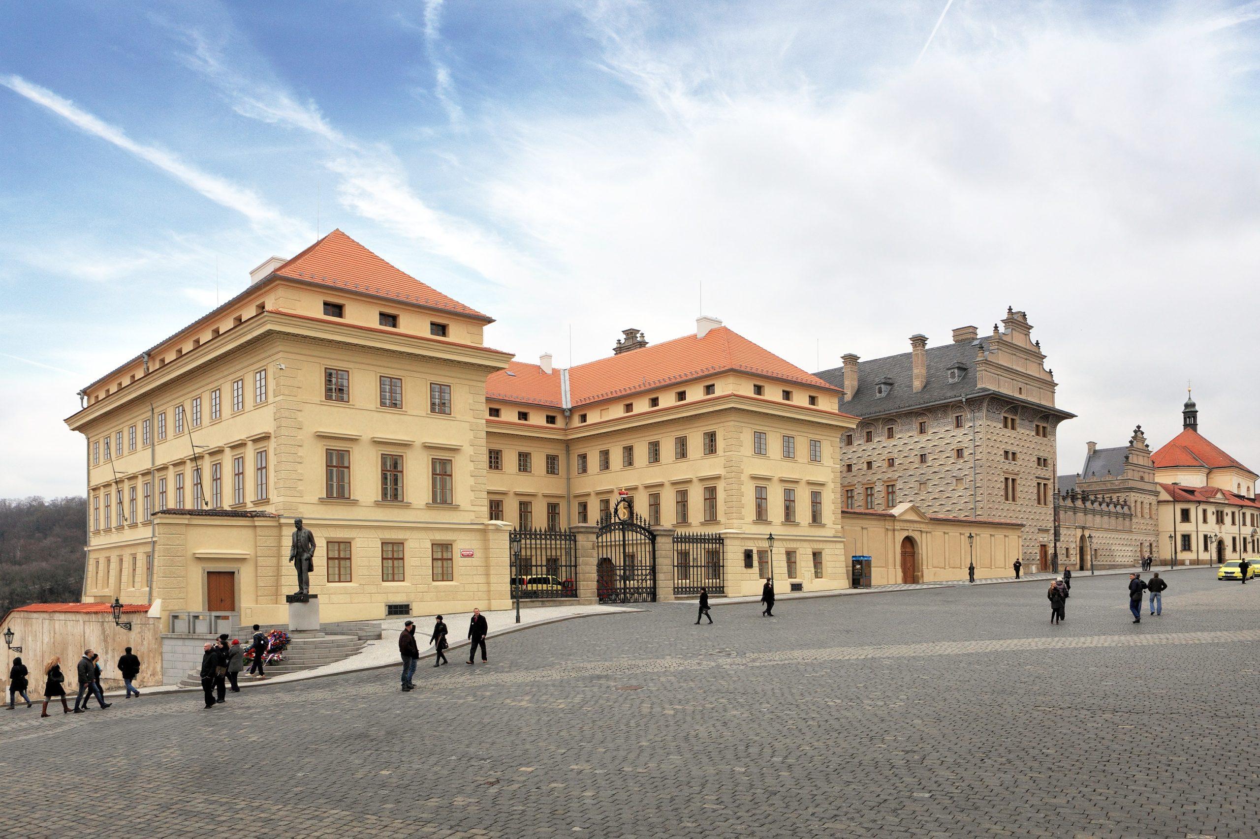 Schwarzenberský a Salmovský palác, Hradčanské náměstí, Praha 1, rekonstrukce pro sbírky Národní galerie