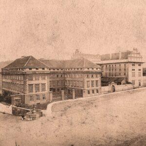 Schwarzenberský a Salmovský palác, historická fotografie