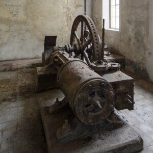 Objevený historický parní stroj, Plasy