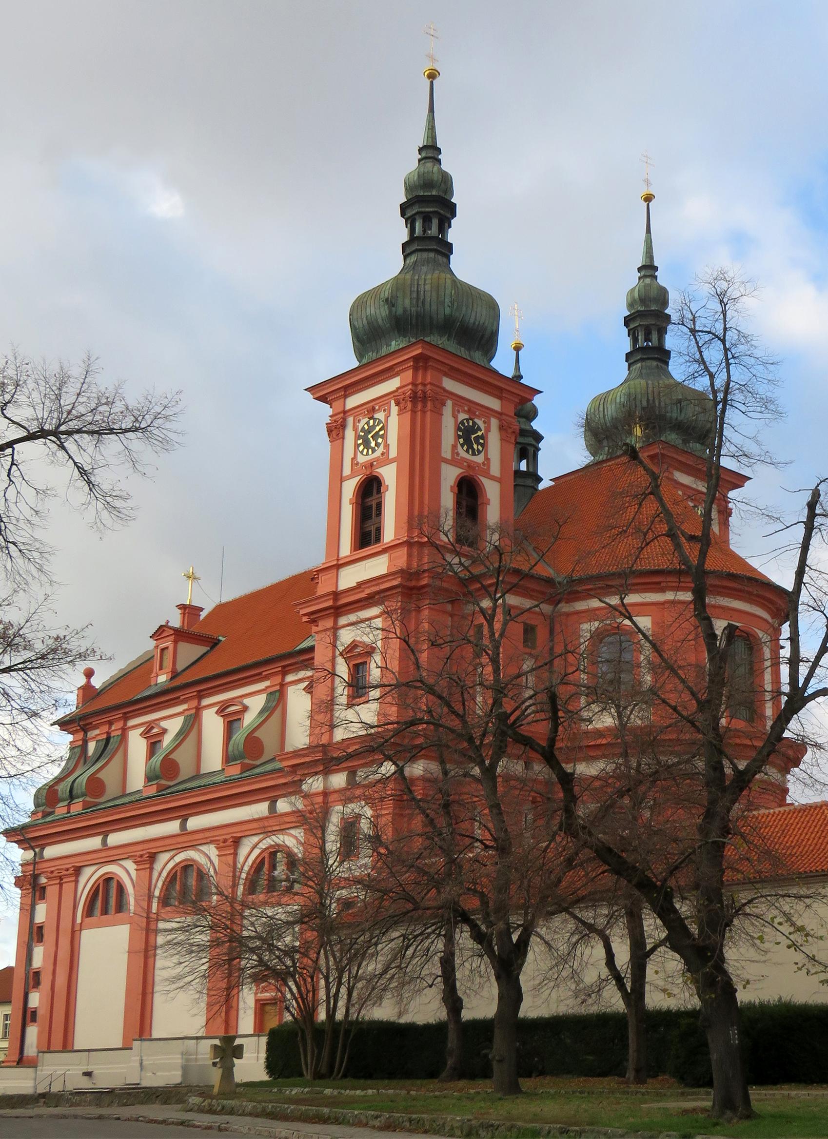 Stará Boleslav, areál baziliky sv. Václava  aareál kostela Nanebevzetí Panny Marie